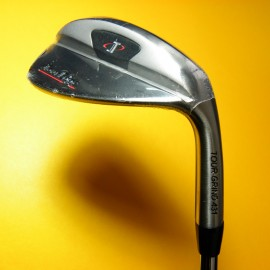 Wedge Tour Edge SW ó AW ó LW Tour Grind Sole TGS Acero RH